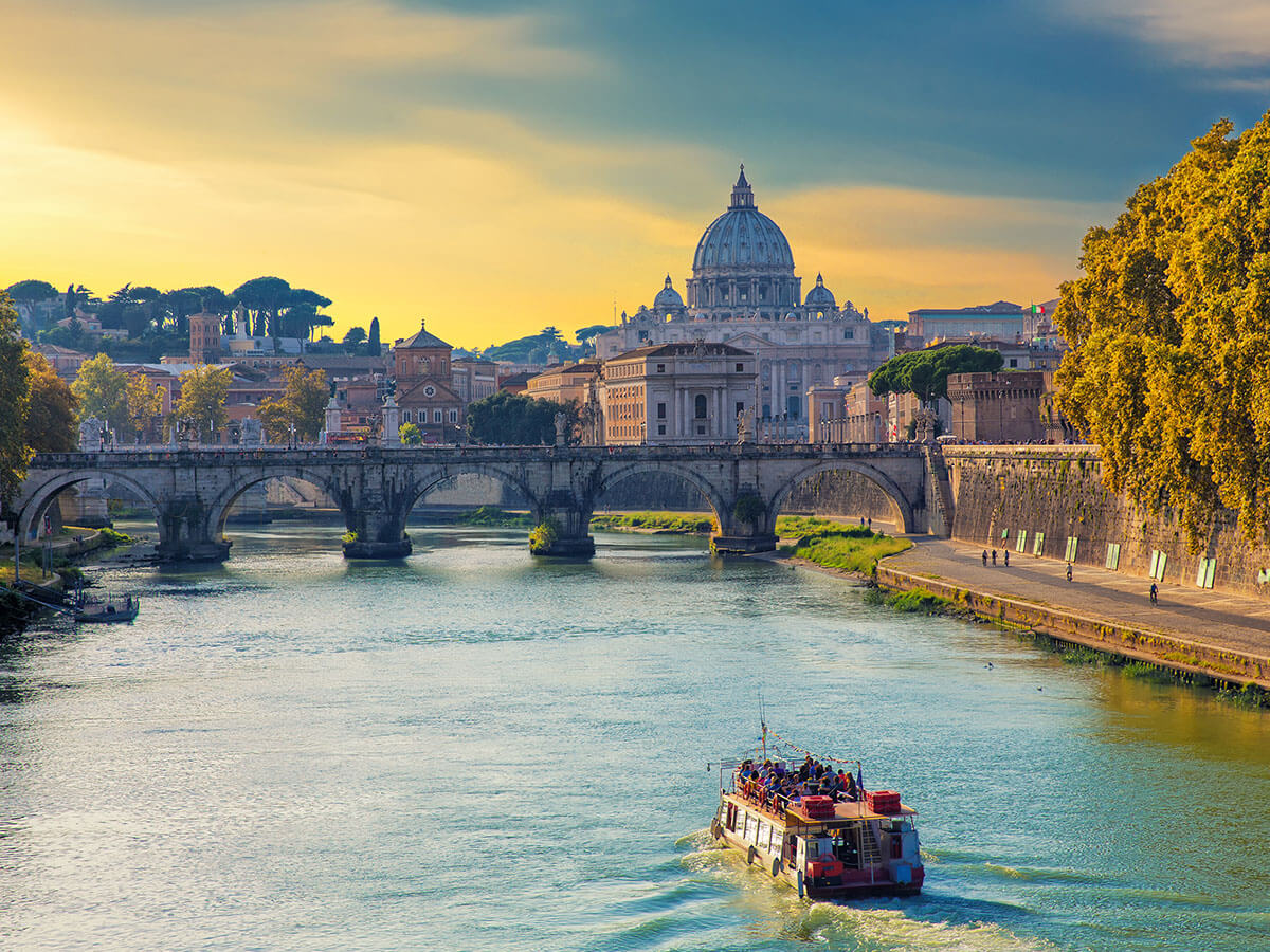 http://tourinthecity.com/wp-content/uploads/2019/03/Rome-River-Boat-Cruise.jpg
