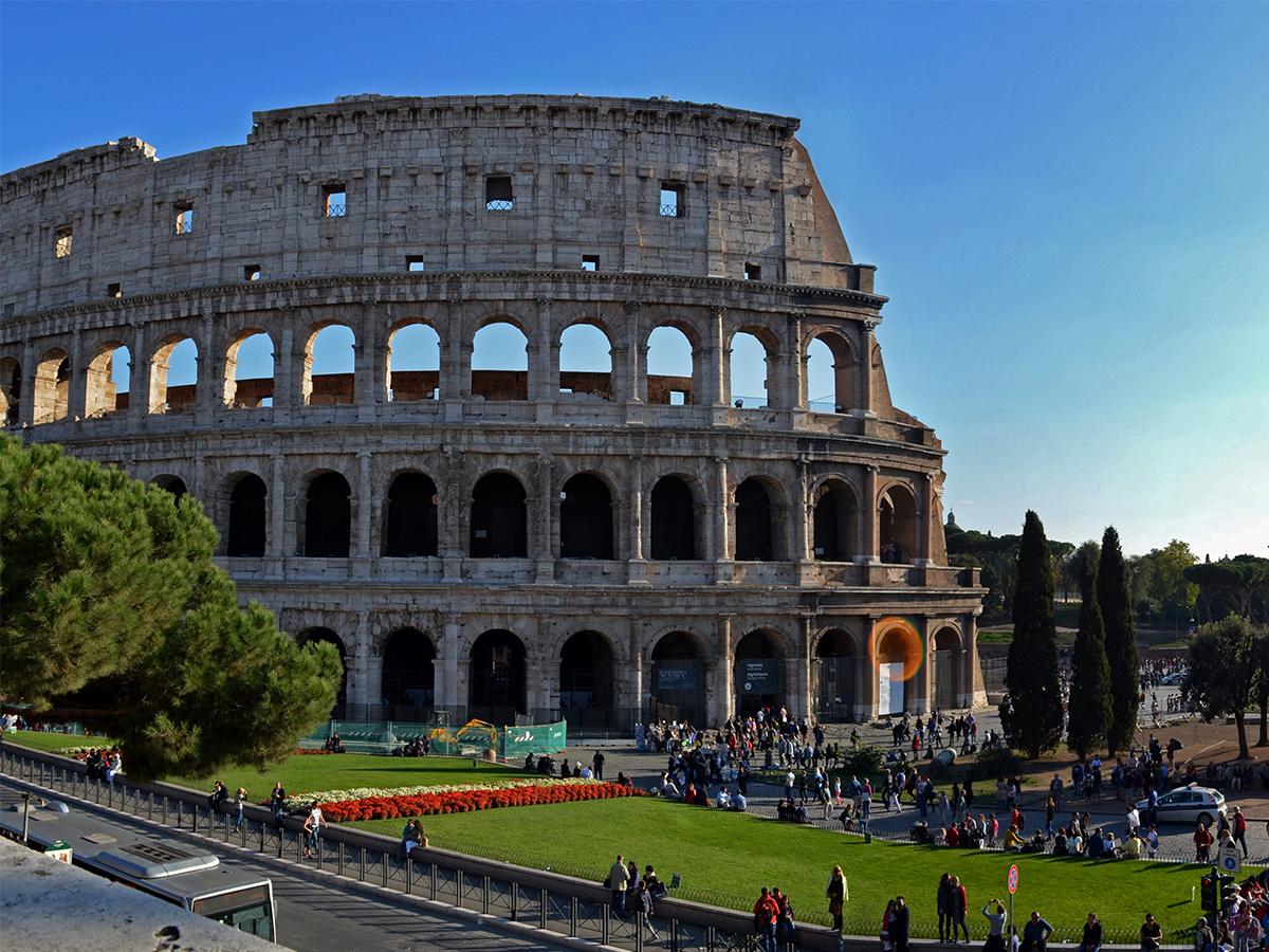https://tourinthecity.com/wp-content/uploads/2019/03/Rome-Group-Tours-1.jpg