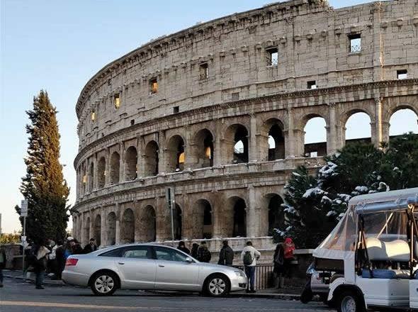 https://tourinthecity.com/wp-content/uploads/2019/10/colosseum_private_rome_car_tours-1.jpg.pagespeed.ce_.12OtmWA5tZ-1.jpg